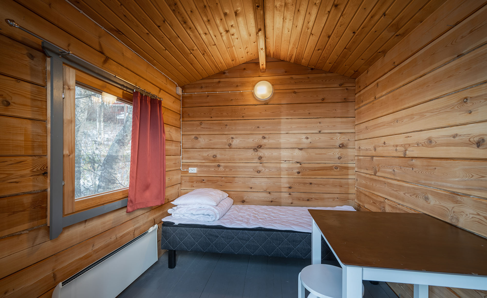 One bedroom cabin / 1 person